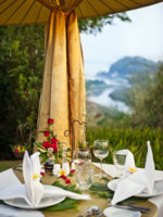 Таиланд. Золотой треугольник - Чианграи. Anantara Golden Triangle Elephant Camp & Resort.Dining by Design 3 countries view