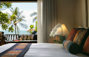 Клуб путешествий Павла Аксенова. Таиланд. Хуа-Хин. Anantara Hua Hin Resort. Anantara Sea View Suite. Bed Area