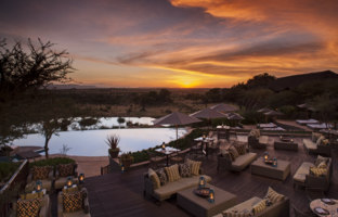 Клуб путешествий Павла Аксенова. Танзания. Four Seasons Safari Lodge Serengeti. Terrace Bar