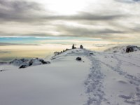 Track on Kilimanjaro on the Machame Route Whiskey. 5 day on the way. Фото t.studio.mail.ru - Depositphotos