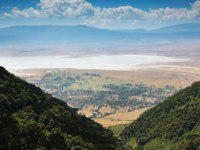 Клуб путешествий Павла Аксенова. Танзания. Кратер Нгоронгоро. Panorama of Ngorongoro Crater. Tanzania. View of the Ngorongoro crater. Фото LuaAr - Depositphotos