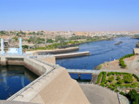 Клуб путешествий Павла Аксенова. Египет. Река Нил. Africa, Egypt. Aswan hydro-electric power station. Фото Svetlana485 - Depositphotos