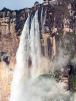 Венесуэла. Водопад Анхель. Angel Falls (Salto Angel), world's highest waterfall (978 m), Venezuela. Фото mathes - Depositphotos
