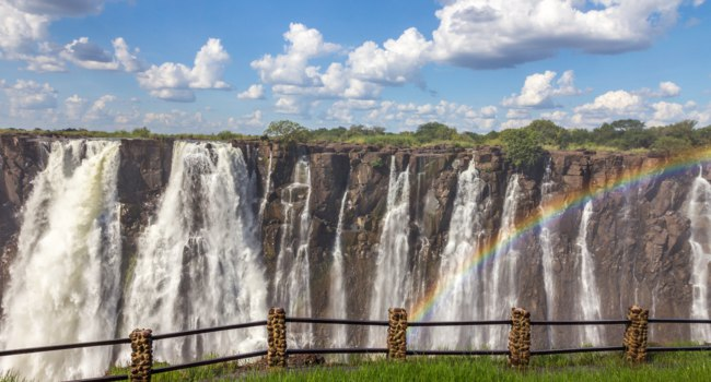 Водопад Виктория (Замбия, Зимбабве). The Victoria falls. National Parks and World Heritage Site - Zambia, Zimbabwe. Фото pocholocalapre@yahoo.com - Depositphot