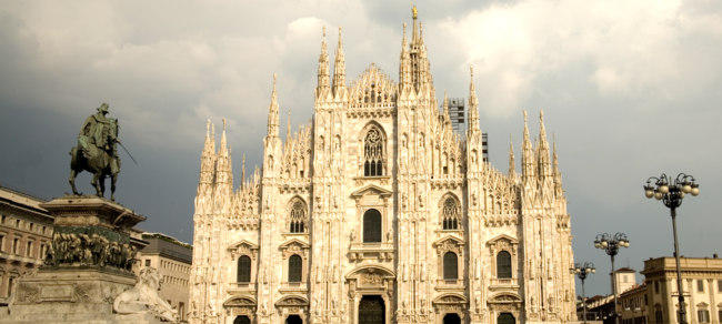 Италия. Милан. Milan cathedral. Фото photosil Depositphotos
