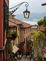 Италия. Озеро Комо. Белладжио. Bellagio, lake Como, Italy. Фото  Yulia Kuznetsova Depositphotos