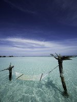 Мальдивы. Gili Lankanfushi Resort, Maldives (ex. Soneva Gili by Six Senses). Water Hammock