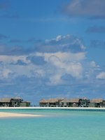 Мальдивы. Gili Lankanfushi Resort, Maldives. Tropical beach landscape. Фото .shock - Depositphotos