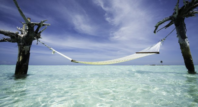 Мальдивы. Gili Lankanfushi Resort, Maldives. Water Hammock