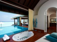Мальдивы. Anantara Kihavah Villas. Over Water Pool Villa. Bath Room