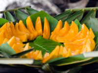 Мальдивы. Anantara Kihavah Villas. Papaya Tropical Fruit. Фото lucidwaters - Depositphotos