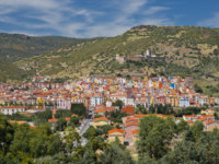 Италия. Сардиния. Colourful houses of Bosa (Sardinia). Фото Bastian Linder - Depositphotos