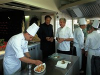 Италия. Сардиния. Forte Village Resort Castello. Gordon_Ramsay_and_Mosaraf_Ali