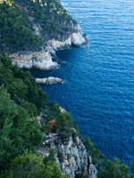 Испания. Каталония. Коста Брава. Beautiful Gulf of Costa Brava (Spain). Фото digoarpi Depositphotos