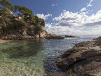 Испания. Каталония. Коста-Брава. Seascape in Platja Aro,Costa Brava,Catalonia,Spain. Фото joanbautista - Depositphotos