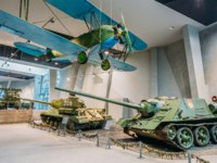 Белоруссия. Город-герой Минск. Soviet Russian light night bomber PO-2, tank SU-100 in Belarusian Museum Of The Great Patriotic War. Фото Ryhor-Deposit