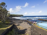 Остров Реюньон. Cape Mechant coastline, La Reunion island, Indian Ocean in Cape Mechant, La Reunion, France. Фото isogood - Depositphotos