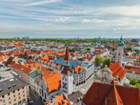 Клуб Павла Аксенова. Германия. Мюнхен. Aerial view of Munich - Marienplatz and Altes Rathaus, Bavaria, Germany.  Фото DmitryRukhlenko - Depositphotos