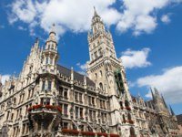 Германия. Мюнхен. Neues Rathaus, the new town hall, on the Marienplatz in the old town of Munich, capital of Bavaria, Germany. Фото jorisvo - Depositphotos