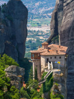 Клуб путешествий Павла Аксенова. Греция. Метеора. The Holy Monastery of Rousanou (St. Barbara) at Meteora, Trikala region in Greece. Фото mazzzur - Depositphotos