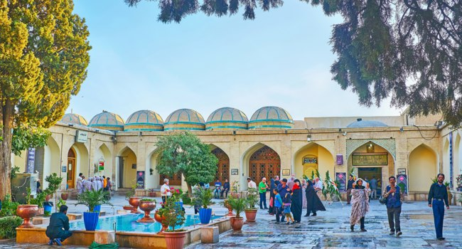Imamzadeh Ali Ibn Hamzeh Holy Shrine is popular city landmark among the tourists and place of pilgrimage for Shia muslims in Shiraz. Фото efesenko - Deposit