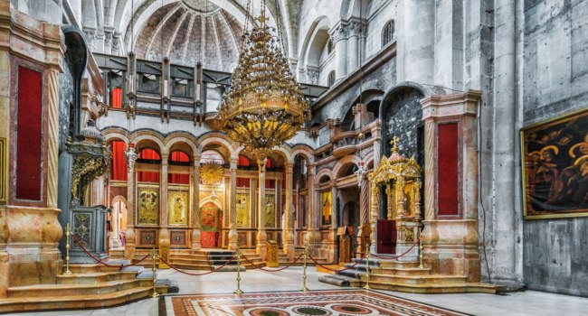 Клуб путешествий Павла Аксенова. Израиль. Иерусалим. Храм Гроба Господня. Holy Sepulchre Church. Jerusalem. Israel. Фото sanchoys - Depositphotos