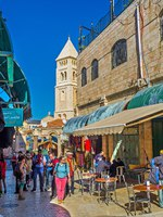 Израиль. Иерусалим. The Aftimos Suq is the crowded place, tourists visit it after the neighboring Church of the Holy Sepulchre in Jerusalem. Фото efesenko-Deposit