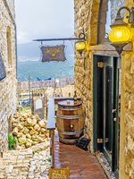 Израиль. Цфат. The famous Safed's Abouhav Winery, the best place to enjoy the local wine and relax in Safed. Фото efesenko-Depositphotos