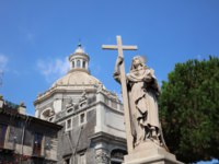 Италия. Сицилия. Катания. Statue in front of the Church of the Badia di Sant'Agata in Catania. Sicily. Italy. Фото Benri185 - Depositphotos