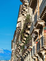 Италия. Сицилия. Катания. Architectural details of Catania, a city in Sicily, Southern Italy. Фото Leonid_Andronov - Depositphotos