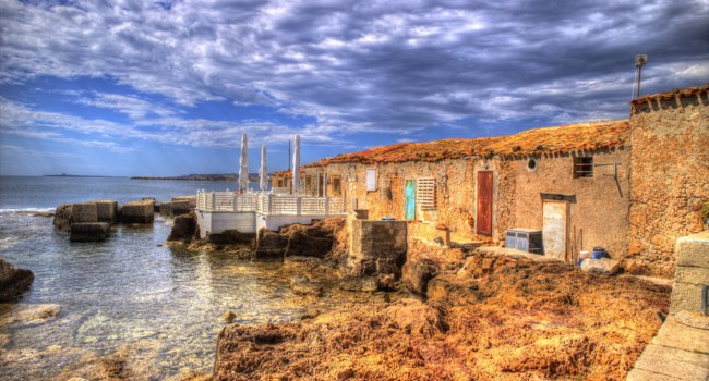 Клуб путешествий Павла Аксенова. Италия. Сицилия. Марцамеми. The Village of Marzamemi, a small fishing village in Sicily Italy. Фото Fotografiche - Depositphotos