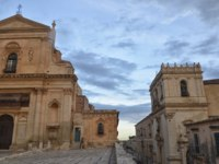 Клуб путешествий Павла Аксенова. Италия. Сицилия. Ното. Sicilian Baroque in the afternoon of Noto. Фото sephirot17 - Depositphotos