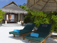 Мальдивы. Anantara Dhigu Resort & Spa, Maldives. Beach Villa. Exterior