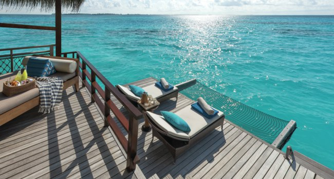 Мальдивы. Shangri-La's Villingili Resort & Spa, Maldives. Water Villa Deck