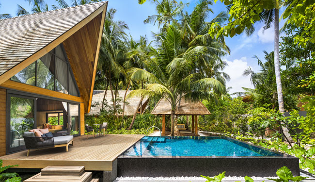 Мальдивы. The St. Regis Maldives Vommuli Resort. Garden Villa with Pool