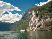 Блог Павла Аксенова. Норвегия. Geiranger fjord, Norway. Фото javarman - Depositphotos