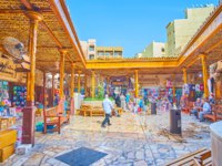 The small square in Grand Souq of Deira with entries to the different sections and small stalls around its perimeter in Dubai. Фото efesenko - Depositphotos