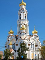Россия. Екатеринбург. Big Zlatoust (Big Chrysostom, Maximilian Church) - Orthodox Church and Belfry in Ekaterinburg, Russia. Фото markovskiy - Depositphotos