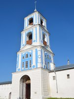 Переславль-Залесский. Никитский монастырь. Bell tower of Gate church of Nikitsky monastery in Pereslavl Zalessky, Russia. Фото irinabal18 - Depositphotos