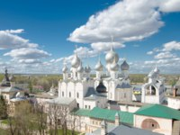 Золотое кольцо России. Ростовский кремль. The Nativity Church in the Rostov Kremlin timelapse, Rostov the Great, Russia. Фото neiezhmakov - Depositphotos