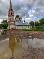 Россия. Суздаль. Антипиевская церковь. Antipievskaya and Lazarevskaya churches in Suzdal (historic small town in Vladimir region). Фото demerzel21 - Deposit