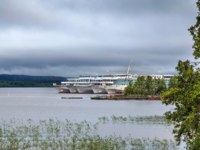 Клуб путешествий Павла Аксенова. Россия. Карелия. Остров Кижи. Cruise ships on the quay near Kizhi island, Russia. Фото borisb17 - Depositphotos