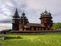 Клуб путешествий Павла Аксенова. Россия. Карелия. Остров Кижи. Historical site dating from the 17th century on Kizhi island, Russia. Фото Demian-Deposit