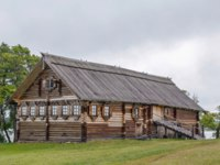 Россия. Карелия. Остров Кижи. Historical site dating from the 17th century on Kizhi island,Russia. Wooden house of the early 20th century. Фото borisb17-Deposit