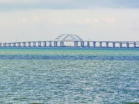 Россия. Керчь. Крымский мост. Sea landscape with Black Sea and Crimean bridge.  Фото IrinaDance - Depositphotos