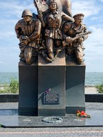 Россия. Крым. Керчь. Monument to Soviet marine commandos fought in the second world war, located on the promenade of Kerch. Crimea. Фото Dmitrydesign-Deposit