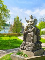 The view on beautiful tombstone in form of an angel, dedicated to the resident of the city, located in Novodevichy Convent , Moscow, Russia. Фото efesenko-Deposit