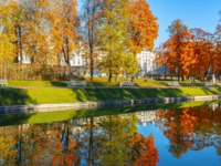 Санкт-Петербург. Царское село (Пушкин). Екатерининский парк. Catherine park in mellow autumn, Tsarskoe Selo, Saint Petersburg. Фото mistervlad-Deposit