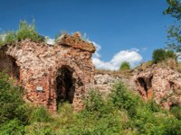 Крепость Орешек (Шлиссельбург). Ruins of the 1st prison building in the fortress of Oreshek. Shlisselburg, Russia. Фото YuliaB - Depositphotos