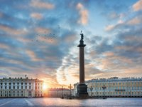 Россия. Санкт-Петербург. Панорама Дворцовой площади. Panorama of the Palace Square. St. Petersburg. Russia. Фото yulenochekk - Depositphotos